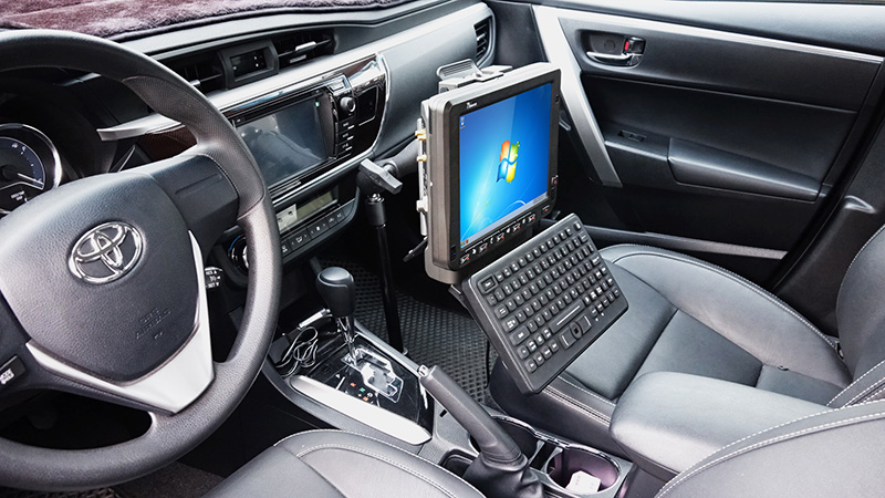 10.4-inch Android Vehicle Mounted Computer FM10A with Keyboard Mount